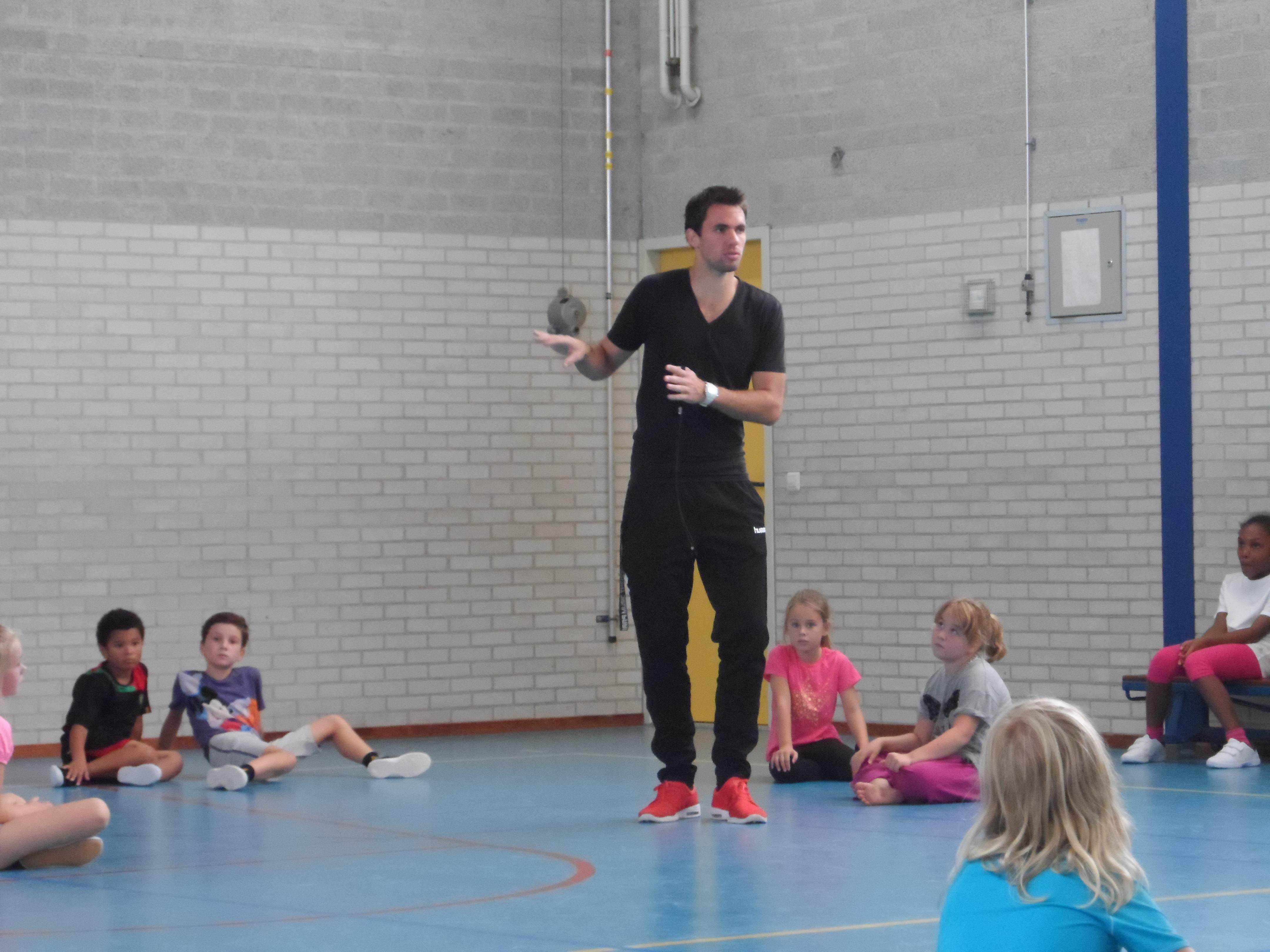 New Lekker naar gym. | Weblog van groep 5a 2014-2015 &XX04